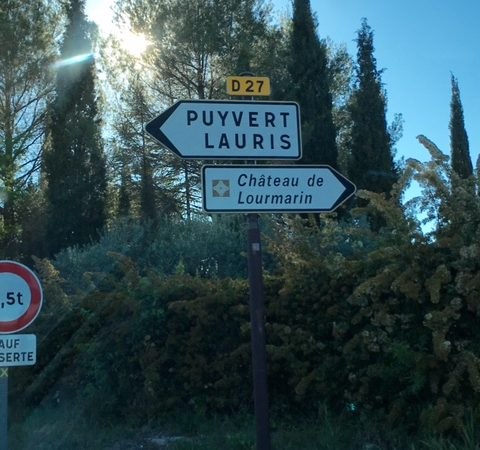 Lourmarin market in Provence – a feast for the senses
